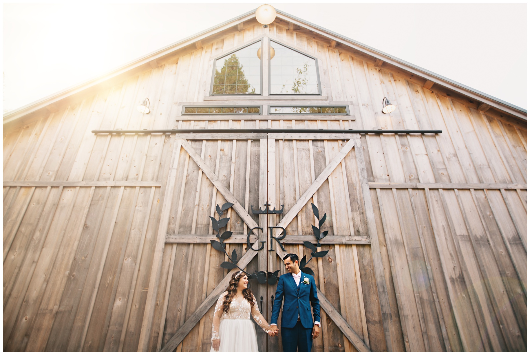 Maine_wedding_photographer_Granite_Ridge_Estate_mountain_barn-034