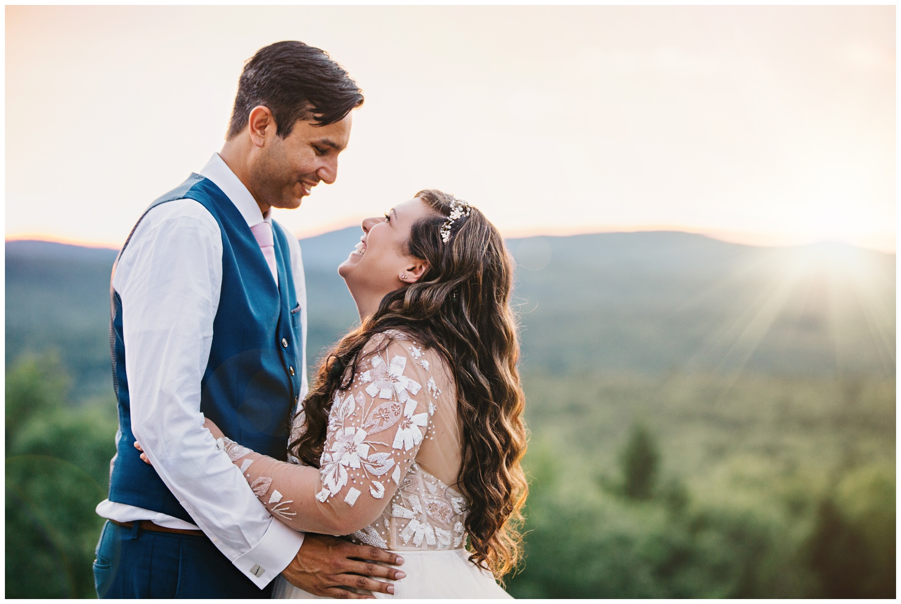 Maine_wedding_photographer_Granite_Ridge_Estate_mountain_barn-038