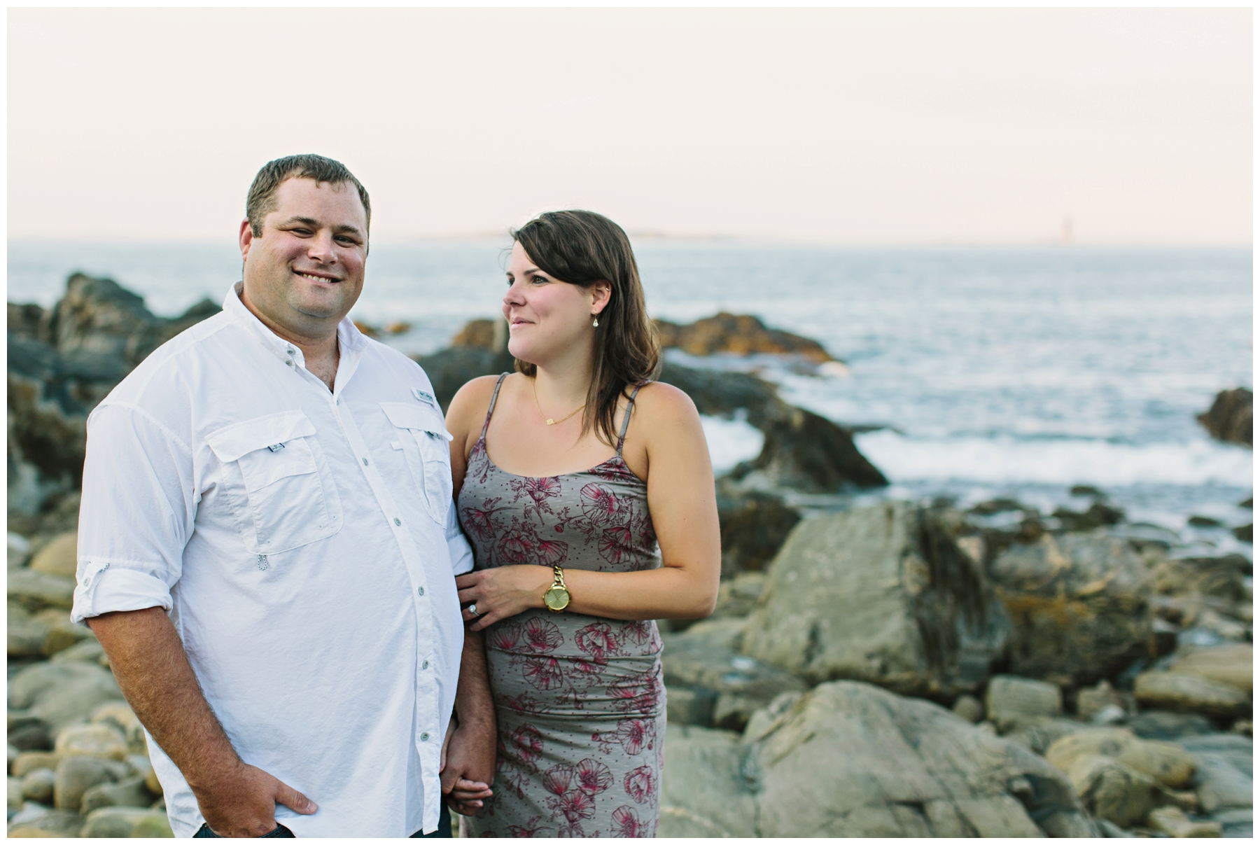 Maine_Photographer_Engagements_FortWilliams_PortlandHeadLight_lighthouse_coastal_seaside-007