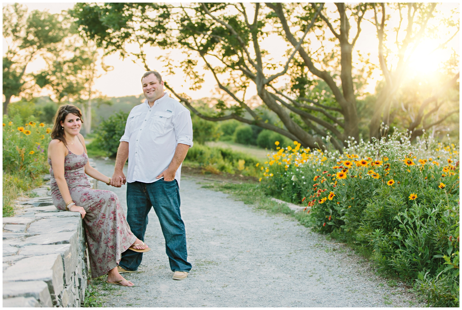 Maine_Photographer_Engagements_FortWilliams_PortlandHeadLight_lighthouse_coastal_seaside-015