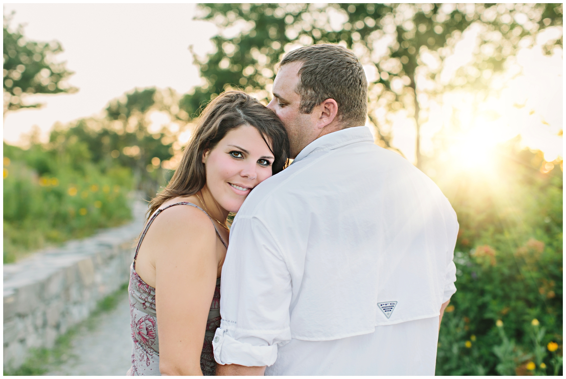 Maine_Photographer_Engagements_FortWilliams_PortlandHeadLight_lighthouse_coastal_seaside-017