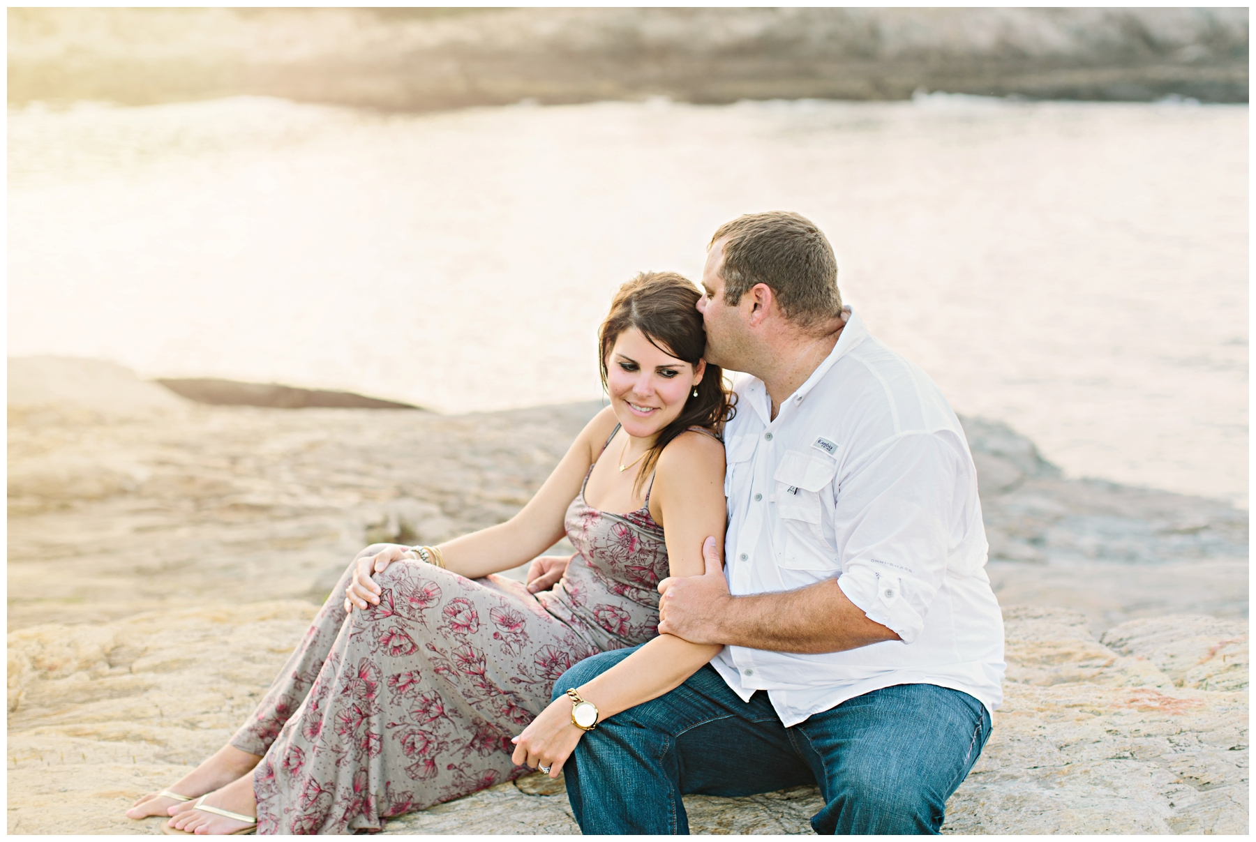 Maine_Photographer_Engagements_FortWilliams_PortlandHeadLight_lighthouse_coastal_seaside-022