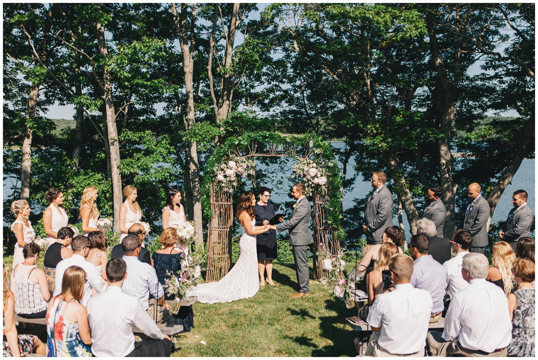 maineweddingphotographer_wiscassett_farm_barn_newengland-045