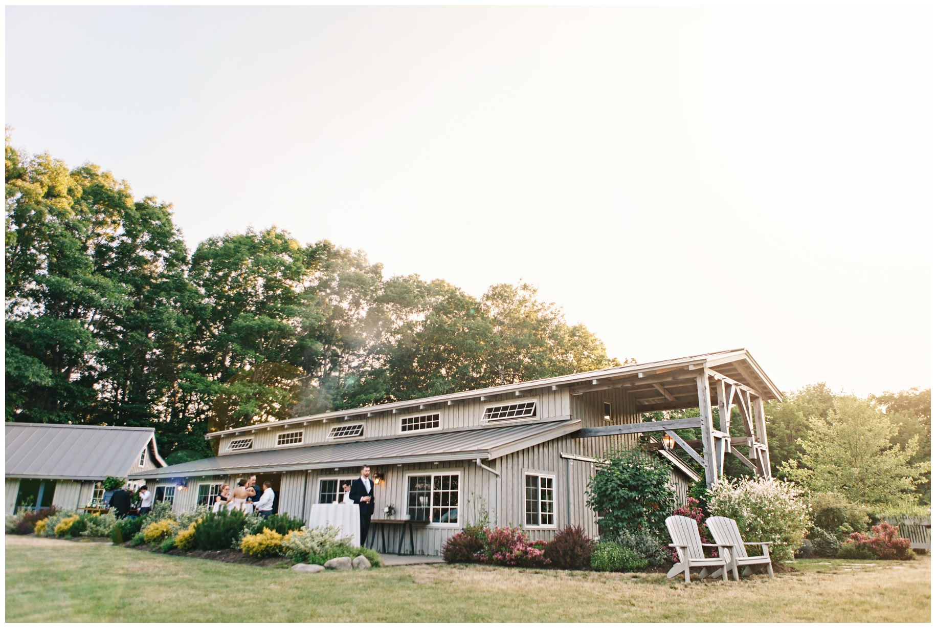 maineweddingphotographer_wiscassett_farm_barn_newengland-098