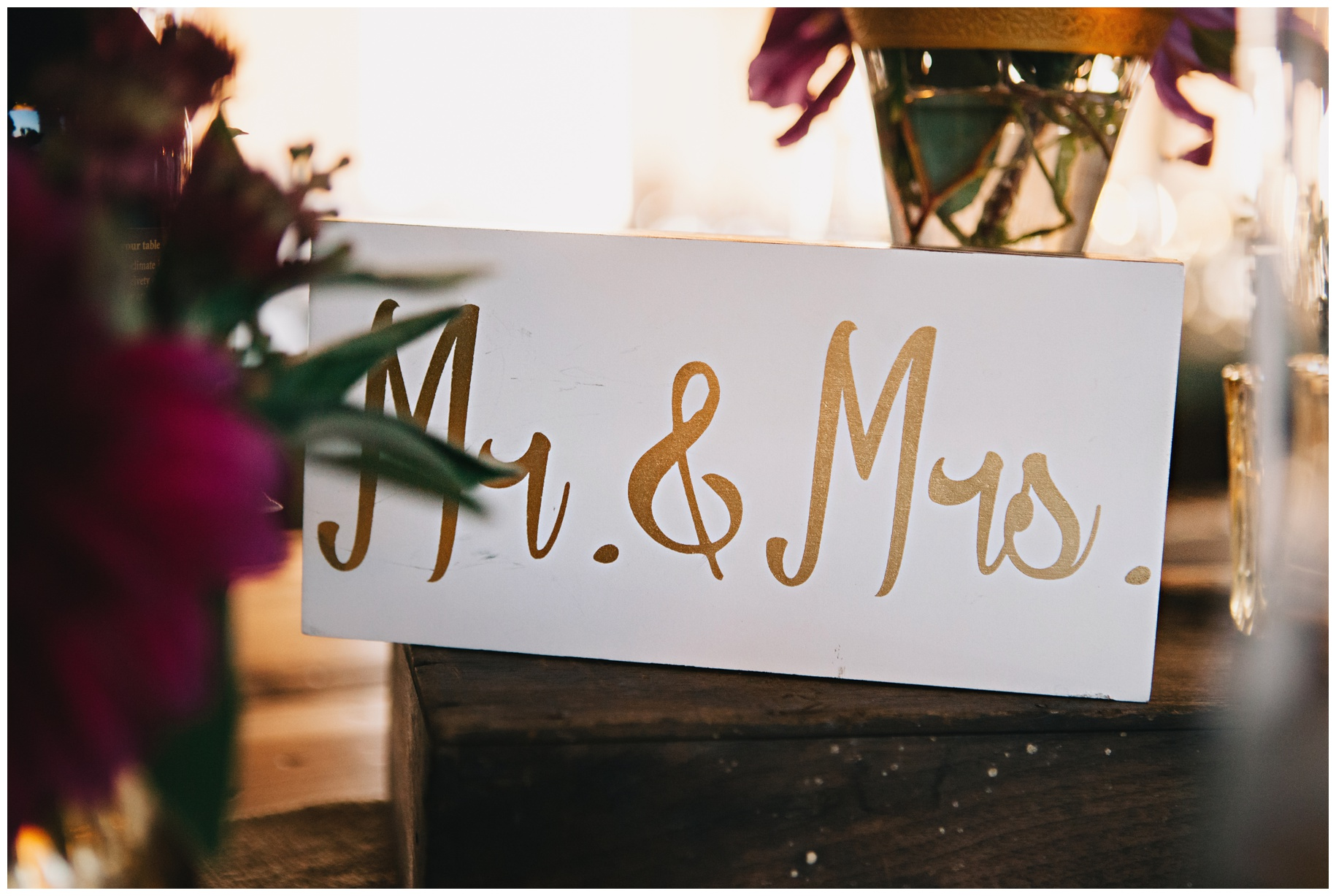 maineweddingphotographer_laudholmfarm_wells_barn_wedding-021